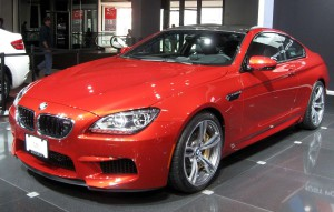 1280px-2013_BMW_M6_coupe_--_2012_NYIAS